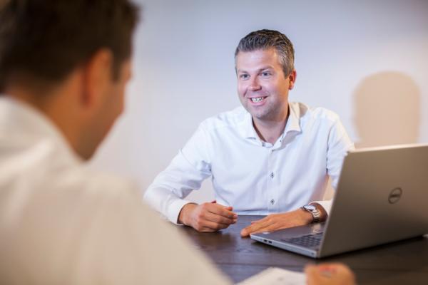 Martin spart met klant over online strategie
